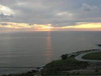 Macari - tramonto all'Isulidda - 19 aprile 2009  - San vito lo capo (1205 clic)