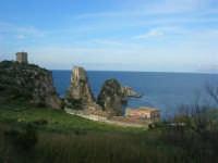 torri di avvistamento, faraglioni e tonnara - 19 aprile 2009  - Scopello (1827 clic)