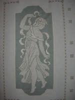 I edizione Per le antiche scale - All'interno dell'ex Chiesa di Maria SS. degli Agonizzanti - sec. XVII - (aula consiliare), mostra artigianale del ricamo - 16 settembre 2007   - Castellammare del golfo (588 clic)