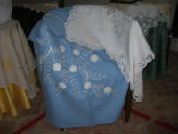 Cene di San Giuseppe - mostra di manufatti - pizzi e ricami - 15 marzo 2009  - Salemi (2243 clic)