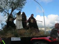 Processione della Via Crucis con gruppi statuari viventi - 5 aprile 2009   - Buseto palizzolo (1618 clic)