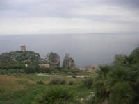Torri di avvistamento, faraglioni e tonnara - 11 aprile 2009   - Scopello (2283 clic)