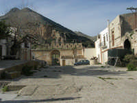 Castello di Baida - cortile interno - Monte Sparagio - 21 febbraio 2009  - Balata di baida (6427 clic)