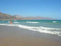 zona Plaja - il mare, i monti del golfo di Castellammare - 18 agosto 2008  - Alcamo marina (845 clic)