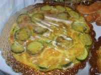 Gli altari di San Giuseppe - le pietanze: frittata con le zucchine - 18 marzo 2009   - Balestrate (3657 clic)