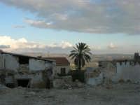 ruderi del terremoto del gennaio 1968 - 11 ottobre 2007   - Salemi (2209 clic)