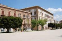 visita alla città - 25 aprile 2008  - Sciacca (1006 clic)