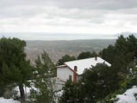 neve sul monte Bonifato e panorama del golfo di Castellammare - 15 febbraio 2009     - Alcamo (2429 clic)