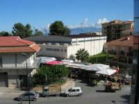 il mercatino del sabato - 8 novembre 2008  - Castellammare del golfo (540 clic)