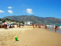 zona tra Tonnara e Battigia - 3 agosto 2006  - Alcamo marina (1329 clic)