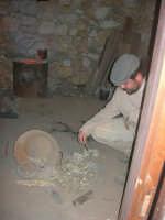 Il Presepe Vivente di Custonaci nella grotta preistorica di Scurati (grotta Mangiapane) (120) - 26 dicembre 2007   - Custonaci (955 clic)