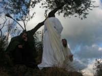 Processione della Via Crucis con gruppi statuari viventi - 5 aprile 2009   - Buseto palizzolo (1752 clic)