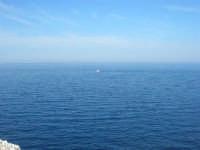 Capo San Vito - l'azzurro del mare - 10 maggio 2009  - San vito lo capo (1681 clic)