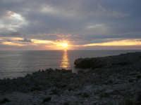 Macari - tramonto all'Isulidda - 19 aprile 2009  - San vito lo capo (1853 clic)