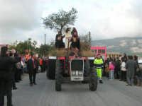 Processione della Via Crucis con gruppi statuari viventi - 5 aprile 2009   - Buseto palizzolo (2014 clic)