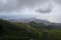 panorama dal monte Erice - Trapani, le saline, le isole Egadi - 1 maggio 2009   - Erice (2113 clic)