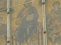 per le vie del paese - Chiesa Madre San Demetrio: particolare del mosaico - 17 aprile 2006  - Piana degli albanesi (1531 clic)