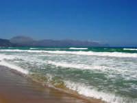 zona Canalotto: il fascino del mare mosso! - 3 agosto 2006  - Alcamo marina (1004 clic)