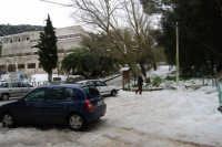 neve sul monte Bonifato - 15 febbraio 2009   - Alcamo (2001 clic)