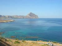 Macari - dalla sosta panoramica il mare stupendo del golfo del Cofano - 8 agosto 2008  - San vito lo capo (552 clic)