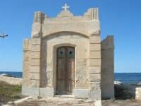 la cappella del Villino Nasi - 6 settembre 2007  - Trapani (1011 clic)