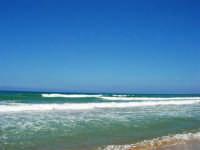 zona Canalotto: il fascino del mare mosso! - 3 agosto 2006  - Alcamo marina (1129 clic)