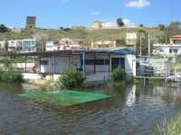 Torre di avvistamento vista dal porto (allagato dalle abbondanti piogge) - 4 ottobre 2009  - Porto palo di menfi (5639 clic)