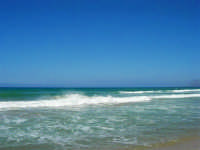 zona Canalotto: il fascino del mare mosso! - 3 agosto 2006  - Alcamo marina (1202 clic)