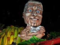Carnevale 2008 - XVII Edizione Sfilata di Carri Allegorici - La zuppa di Darwin - Associazione Paparella - 3 febbraio 2008  - Valderice (910 clic)