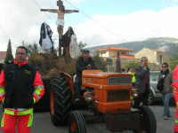 Processione della Via Crucis con gruppi statuari viventi - 5 aprile 2009   - Buseto palizzolo (1851 clic)
