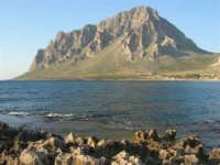 scogli, mare e monte Cofano - 27 aprile 2008   - Cornino (810 clic)