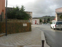 CROCEVIE - frazione di Valderice - Piazza Don Bruno Puricelli - 1 febbraio 2009  - Valderice (4791 clic)
