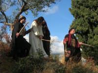 Processione della Via Crucis con gruppi statuari viventi - 5 aprile 2009  - Buseto palizzolo (1610 clic)