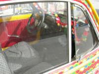FIAT 500 decorata (interno: particolare)- 16 aprile 2006  - Marinella di selinunte (2897 clic)