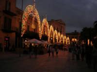 Festeggiamenti Maria SS. dei Miracoli - illuminazione straordinaria in Piazza Ciullo - 20 giugno 2008   - Alcamo (625 clic)