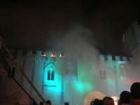 Festeggiamenti Maria SS. dei Miracoli - La Festa del Paradiso - L'Assalto al Castello - Piazza Castello - 20 giugno 2008   - Alcamo (500 clic)