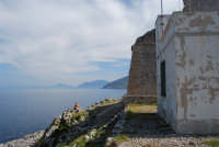 Capo San Vito - vista sul golfo di Castellammare dalla Torre dell'Usciere, detta Sciere (torre costiera di avvistamento per la difesa dai pirati) - 10 maggio 2009  - San vito lo capo (1659 clic)