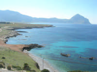 Golfo del Cofano: panorama da Macari - 24 febbraio 2008   - San vito lo capo (579 clic)