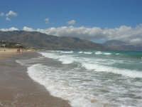 mare agitato - 31 luglio 2007  - Alcamo marina (1381 clic)