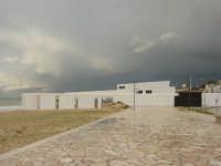 Zona Tonnara - locale ristrutturato - 8 febbraio 2009  - Alcamo marina (2390 clic)