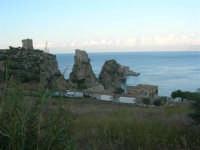 Torri di avvistamento, faraglioni e tonnara - 19 settembre 2007  - Scopello (892 clic)