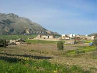 la frazione di Balata di Baida ai piedi del Monte Sparagio - 21 febbraio 2009  - Balata di baida (3174 clic)
