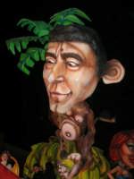 Carnevale 2008 - XVII Edizione Sfilata di Carri Allegorici - La zuppa di Darwin - Associazione Paparella - 3 febbraio 2008  - Valderice (864 clic)