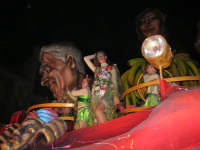 Carnevale 2008 - XVII Edizione Sfilata di Carri Allegorici - La zuppa di Darwin - Associazione Paparella - 3 febbraio 2008  - Valderice (892 clic)