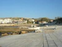 lavori in corso nel porticciolo - 27 aprile 2008   - Cornino (1056 clic)