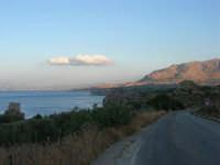 Torre di avvistamento e golfo di Castellammare - 19 settembre 2007  - Scopello (843 clic)