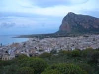 Monte Monaco e panorama della città - 19 aprile 2009  - San vito lo capo (1824 clic)