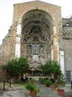 Ruderi Chiesa S. Giuseppe con presepe - 6 gennaio 2009   - Castelvetrano (4686 clic)