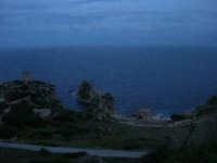 Torre di avvistamento, faraglioni e tonnata . . . a sera - 11 gennaio 2009  - Scopello (3084 clic)