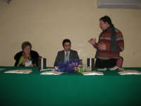 Piero Tuzzo presenta il libro Disfunzioni Celebrali, Poesie, poemetti e altro. Intervengono i sigg. Antonietta Pirrone e Vincenzo Caico - Hotel Centrale - 27 dicembre 2008  - Alcamo (4761 clic)